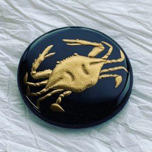 羽賀富美子(新潟仏壇)蟹